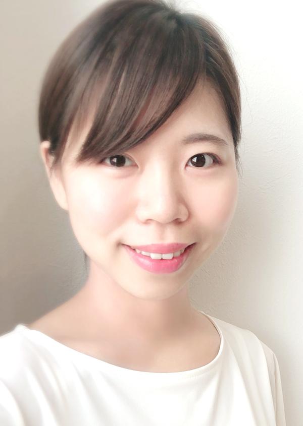 Total Beauty Salon emu 新井有里奈